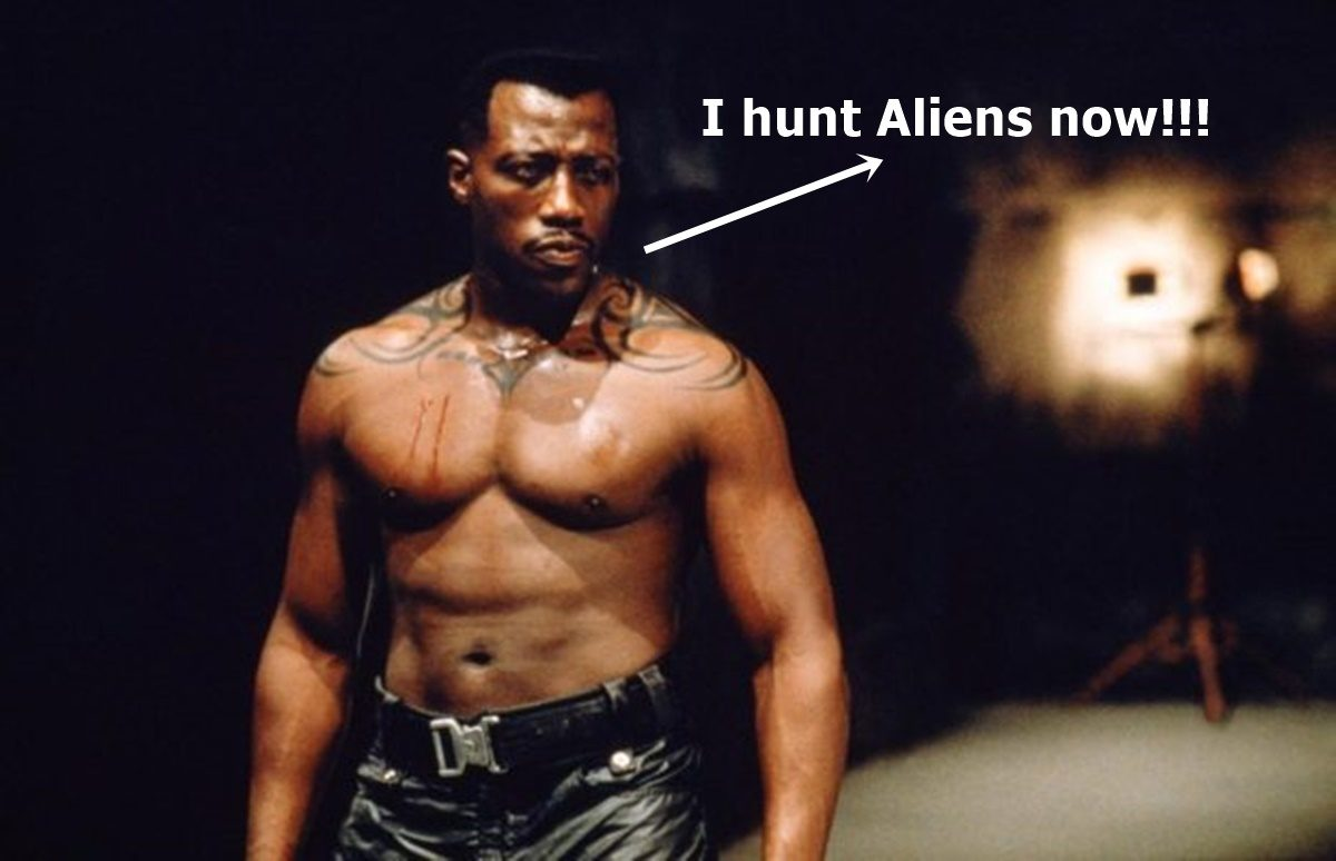 Wesley Snipes Hunts Aliens in The Recall