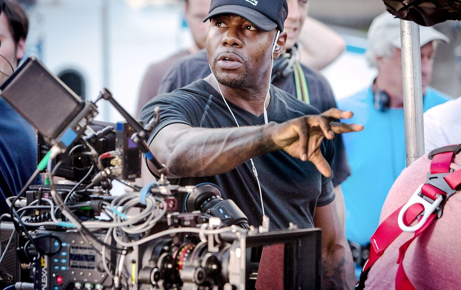 Antoine Fuqua In Negotiations to Direct Universal Pictures Scarface