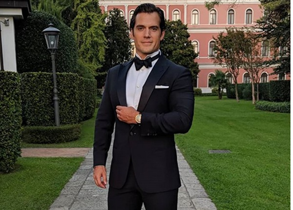 Henry Cavill Hints Man of Steel 2 is Coming + He's Onboard