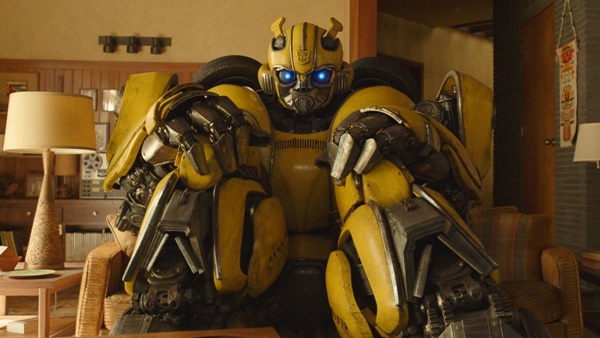 Bumblebee Director Travis Knight Wants Cybertron-Set Sequel