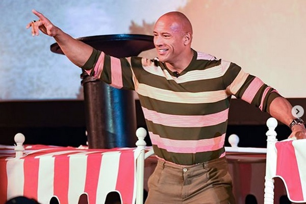 The Rock + Emily Blunt in Disney's Jungle Cruise Arrives At D23