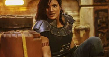 """""""Mandalorian"""" star Gina Carano Ex'd Herself Out of 'Star Wars' Universe"""