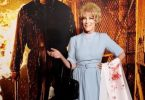 Jamie Lee Curtis Attends 'Halloween Kills' Premiere Dressed as Her Mom from 'Psycho'